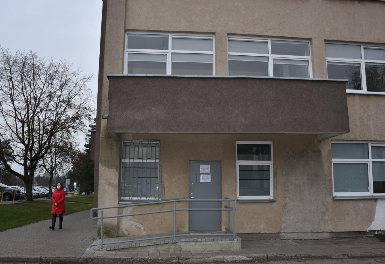 VšĮ Varėnos pirminės sveikatos priežiūros centro pastate įsteigtas Varėnos rajono savivaldybės mobilus tyrimų punktas